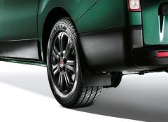 Achterspatlappen van polyurethaangranulaat voor Fiat Professional Talento